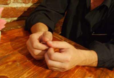 Как сделать уникальный подарок близкими руками